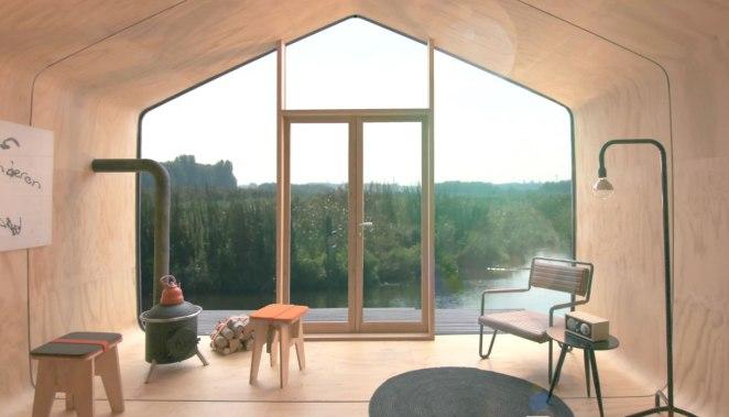 wikkelhouse-interior-with-view
